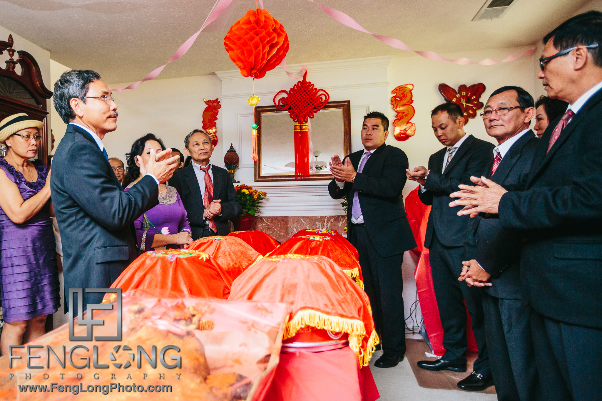 vietnamese wedding ceremony The wedding consists of several ceremonies including asking permission to receive the bride, the procession to receive the bride, the procession to the groom's house, the second ancestor ceremony, and the banquet party.